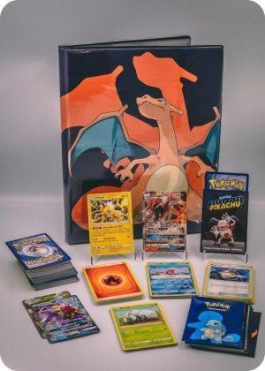 Pokemons store pakkeløsning med en stor Pokémonmappe - Pakketilbud 3.