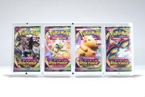 Magnetisk holder til fire Pokémon Boosterpakker (S&M & SWSH) - Legendary Card Collector - Magnetisk holder til udstilling og beskyttelse af fire Pokémon Boosterpakker